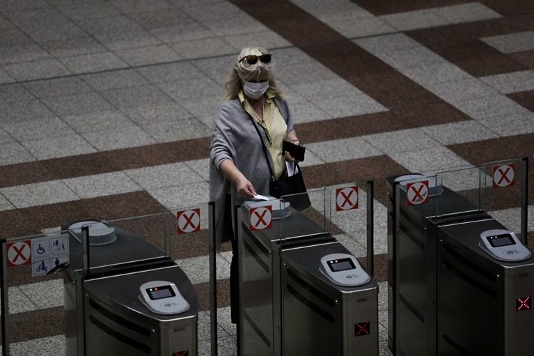 Κορονοϊός: Η πρώτη ημέρα στα ΜΜΜ μετά τη καραντίνα