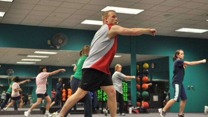 Άνοιγμα γυμναστηρίων: Γιατί υπάρχει δισταγμός; Τι ισχύει για πιλάτες, γιόγκα αλλά και αεροβικά προγράμματα