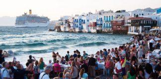 Στη «μαύρη λίστα»: Χωρίς Βρετανούς τουρίστες η Ελλάδα το φετινό καλοκαίρι