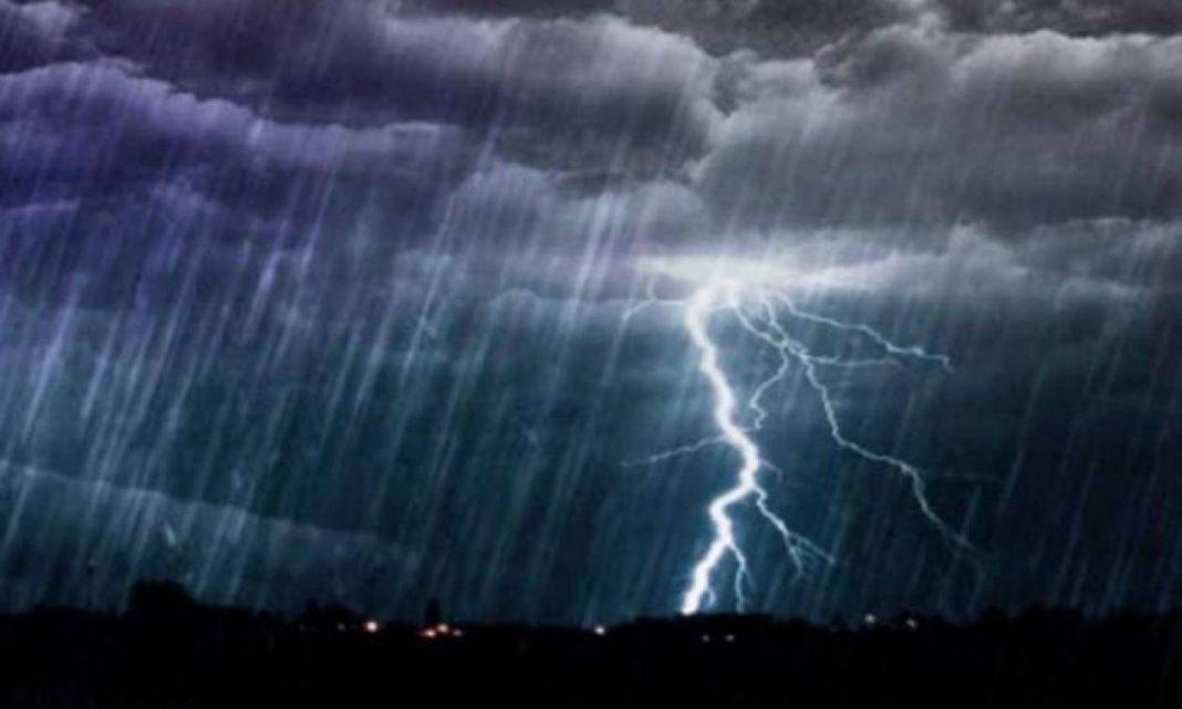 Καιρός αύριο: Αγριεύει πάλι – Που θα ρίξει καταιγίδες και χαλάζι